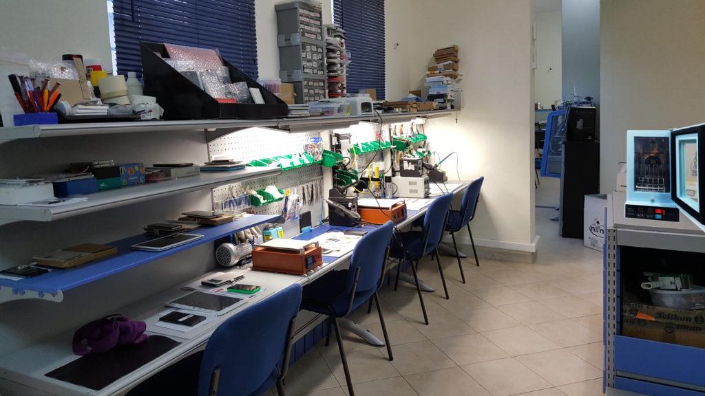 laboratorio assistenza smartphone e tablet